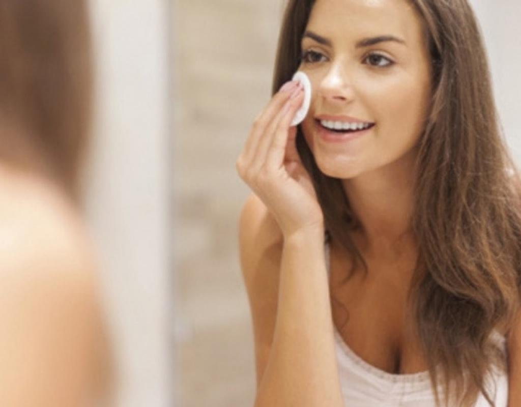 Pourquoi utiliser l'huile de jojoba pour le visage ?