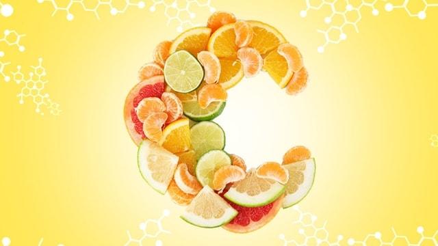 Vitamine C liposomale : pourquoi la préférer au cachet effervescent ?